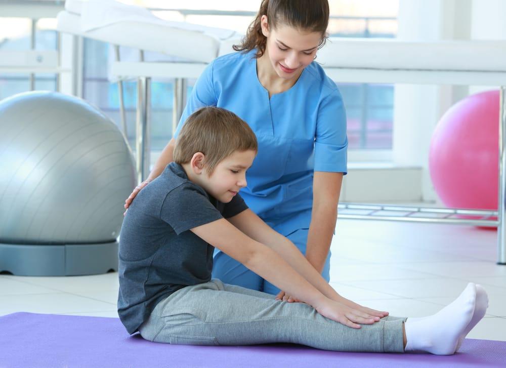 Resultado de imagem para fisioterapia na pediatria